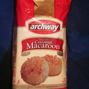 Coconut Macaroon Cookies Cured Child S Diarrhea The People S Pharmacy