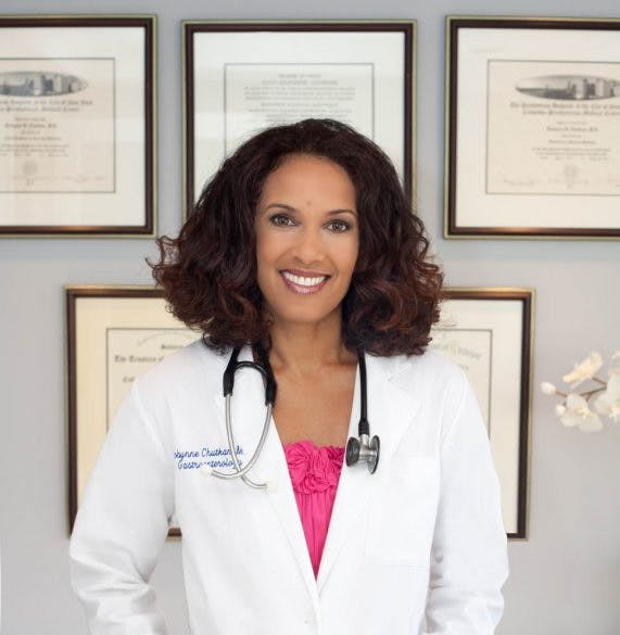 Dr. Robynne Chutkan, founder of the Digestive Center for Wellness, describes the best way to manage your heartburn