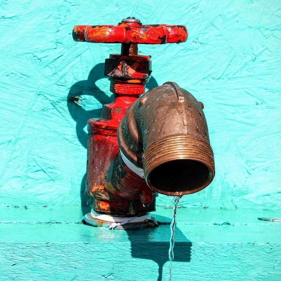 Cc0 from https://pixabay.com/en/faucet-water-hahn-turn-on-liquid-1661337/
