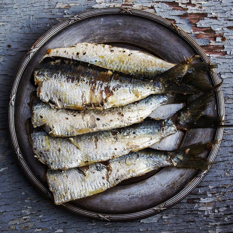 Cc0 from https://pixabay.com/en/sardines-fish-plated-food-food-1489630/