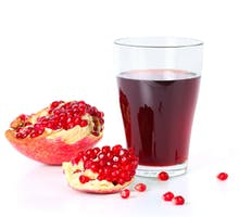 pomegranate juice and pomegranate seeds